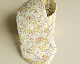 Yellow floral tie hand-stitched from Liberty Claire Aude -  wedding tie - yellow tie - Liberty tie - yellow Liberty print tie