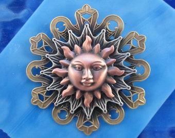 Sun Worshiper's Brooch- Sun Pin- Sun Moon Star- Celestial Jewelry- Celestial Pin