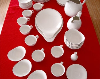 dinnerware by Eva Zeisel, Hi White pattern, 1950