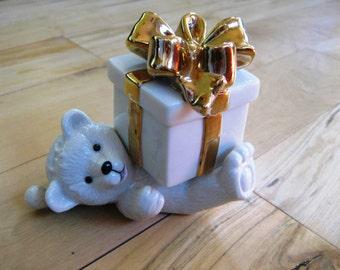 Mikasa Holiday Elegance Bear with Bow Trinket Box Ring holder, Mint