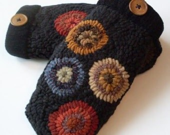 PrimiTive Folkart Pr. of Hooked Rug Penny Mittens  Beaconhillcollect  We Ship Internationally