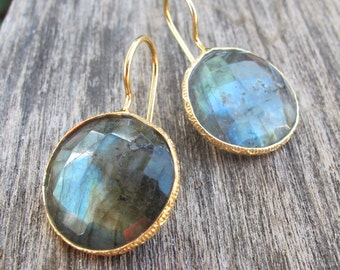 Round Gold Labradorite Earrings- Faceted Gemstone Bezel Earrings- Irirdescent Stone Earrings- Gifts for Bridesmaid