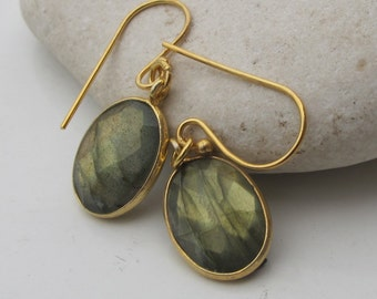 Oval Labradorite Dangle Earrings- Faceted Labradorite Drop Earring- Silver Labradorite Earrings- Classic Everyday Earring