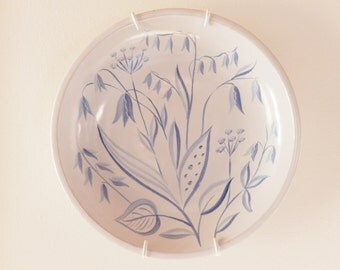Anna-Lisa Thomson for Upsala Ekeby of Sweden, a large bowl  ACL-183