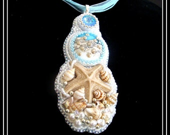 Little Starfish:  A Bead Embroidered Pendant