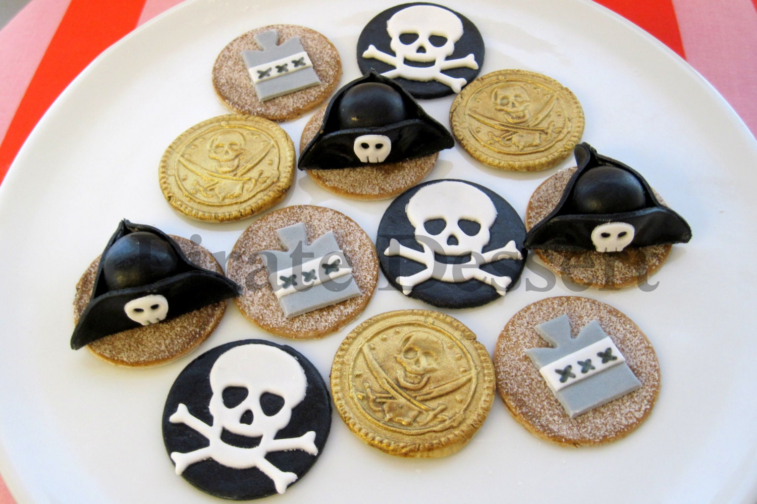 Edible Pirate cupcake toppers Pirate Captain Party Set