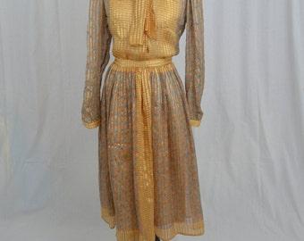VIntage 60's Silk Set