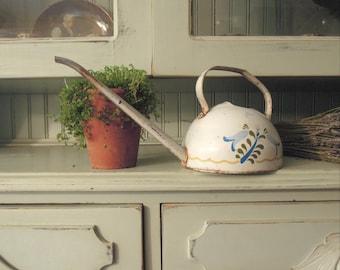 Vintage White Metal Watering Can / Long Arm / Flower Watering Indoor Can