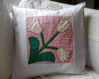 Vintage Appliqued Quilt Block Cushion