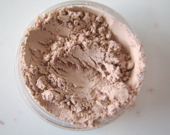 Tinted Mineral Veil - Mineral Makeup - Finishing Powder  (large jar) - Bath and Beauty -