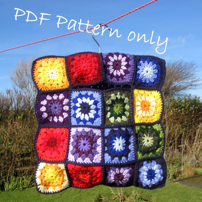 Vintage style crochet clothes peg bag. PDF instant download.
