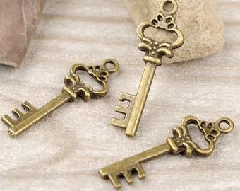 20pcs 11x31mm Antique Bronze Lovely Flower Key Charms Pendant Jewelry Supplies DIY Drops JM 0267
