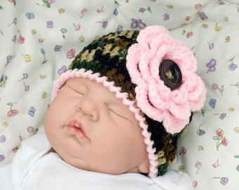 BABY CAMO HAT Crochet Girls Camo Beanie, Pink Camo Baby Girl Hats, Military Baby, Army Baby, Camouflage Baby Camo Photo Prop, Newborn Camo