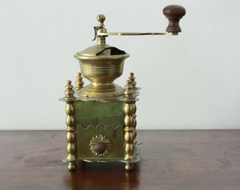 Vintage golden color coffee grinder -  manual, made metal and brass - Statement item - Vintage Decor