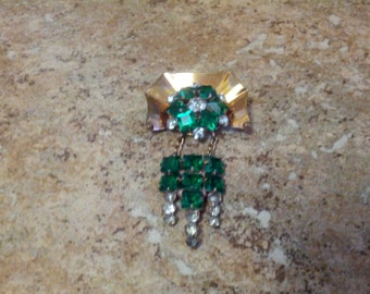 Beautiful vintage Brooch/Pendant set in 12 KT GF, green and clear rhinestones