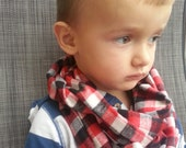 Child flannel infinity scarf for boy or girl