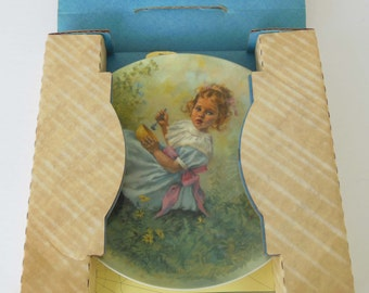 Little Miss Muffet  Collector Plate Bradex # 84-R60-2.3 RECO