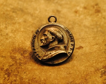 Saint Francis of Assisi patron saint of animals lovely charm rare unusual medal charm amulet pendant jewelry lots of patina  no. 24 rare