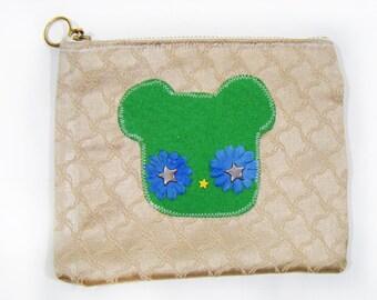 Vintage 70's Beige & Green Bear Cosmetic Pouch Purse Case