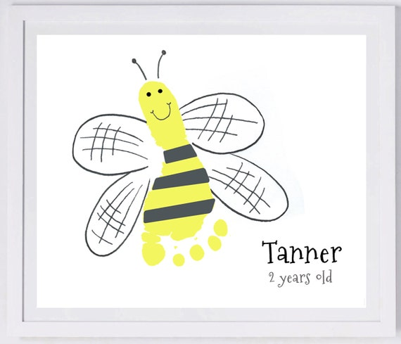 bee footprint wall art 404 paper. Black Bedroom Furniture Sets. Home Design Ideas