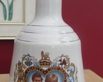 Vintage Commemorative Wade Whisky Decanter Charles and Diana 29 th July 1981 Rare Collectors decanter.