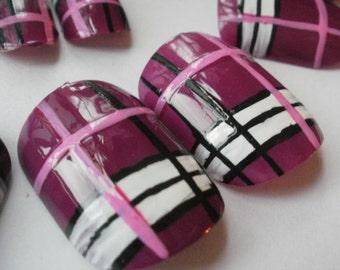 Tartan hand painted false nails