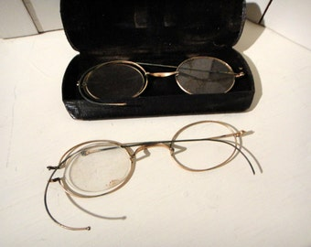 Pair STUCCO and HARDY Antique Eye Glasses with Case