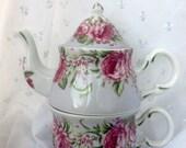 Vintage Ganz Rose Tea for One Teapot