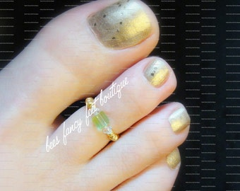 Toe Ring - Gold - Crystal Peridot - Stretch Bead Toe Ring