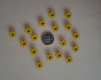 "20 pieces 0.5"" (1/2"") yellow daisy eyelets"
