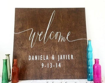 Wooden Wedding Welcome Sign with Names and Date  / Rustic Wedding Welcome Signage WS-16