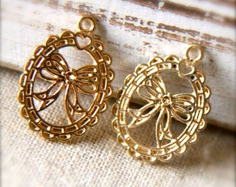 6 pcs of metal bow wreath charm pendant  20x15-1180-gold