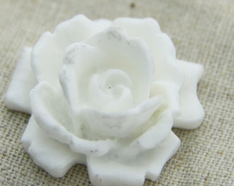 12 pcs   of resin  flower  cabochon 33mm -0007-17-white