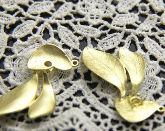 6 pcs of brass floral leave charm pendant  30x18mm-1670-Raw brass