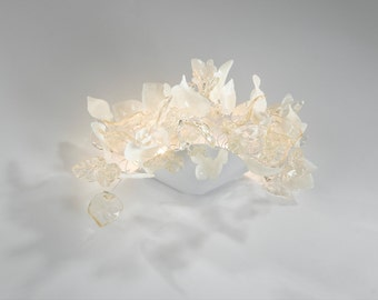 Wall Sconce light - Wall lighting lamp with clear and white flowers and leaves