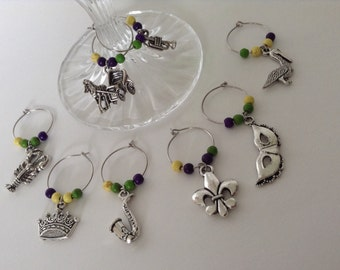 New Orleans themed wine glass charms... Party favors... Wedding favors... Wedding reception