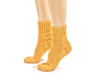 """WOMAN WOOL SOCKS """"Touring back roads"""".  Hand knitted from yellow color sheep wool yarn. Great for hiking"""