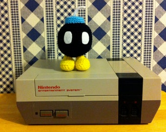 Kawaii Amigurumi Nintendo Enemy Bob-omb Collectible Plush Sculpture