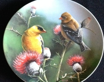 """Vintage 1987  """"The Goldfinch"""" Knowles Plate #11898C (LDT4)"""