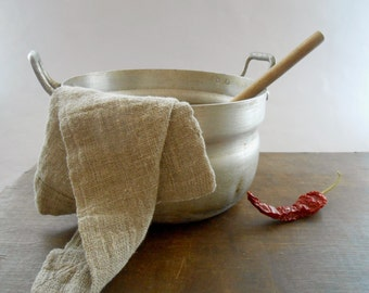 Soviet Vintage aluminium pot Soviet vintage housewares Cooking pot 1960s Vintage kitchen
