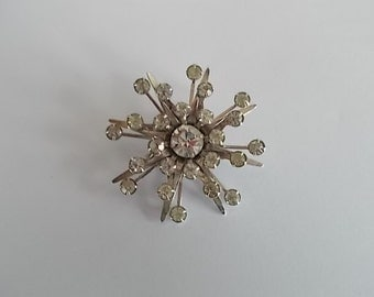 Vintage Atomic Glass Rhinestone Brooch / Pendant     no 411