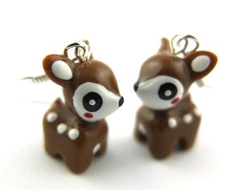 2x deer earrings