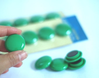1 inch round magnets. Green plain strong magnet. Retro office supplies 1970s 1980s school supply. Mid century housewares. Hipster home decor