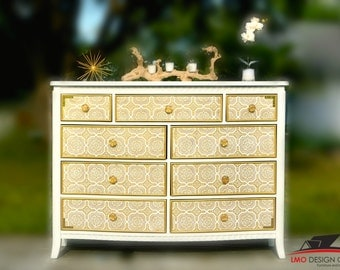 9 drawer dresser in white and gold