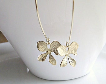 Orchid Earrings, Gold Orchid Earrings, British Seller UK, Gifts for Girls, Mom Gifts, Flower Dangle Earrings, Orchid Dangle Earrings