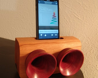 Wooden iPhone speakers with horns
