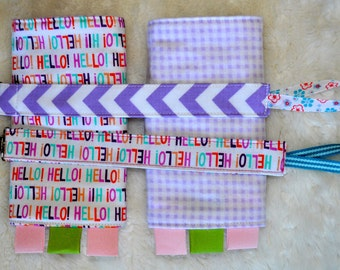 Reversible Baby Carrier Drool pads + 2 pacifier clips: hello hello print with gingham flannel
