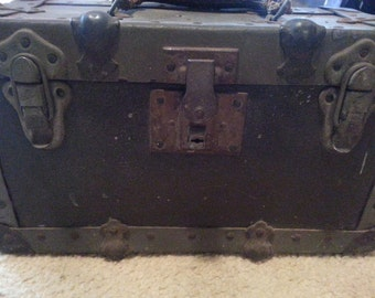 1940s Worcester Wooden Box Trunk