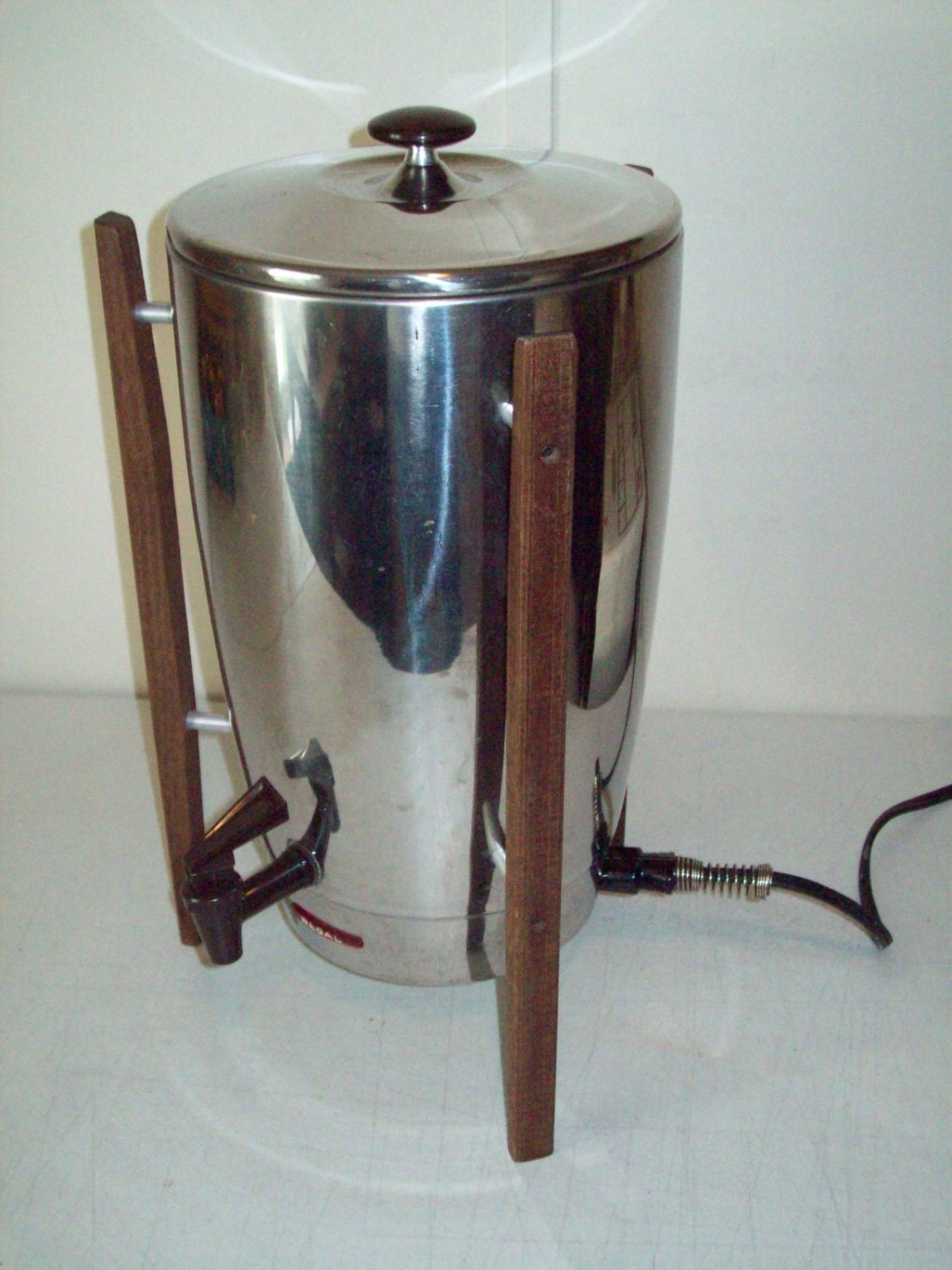 Large Electric Coffee Maker : Vintage Regal Electric Coffee Urn 12-40 Cup by LiliBVintage