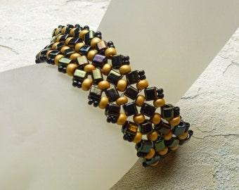 Black and gold herringbone bracelet